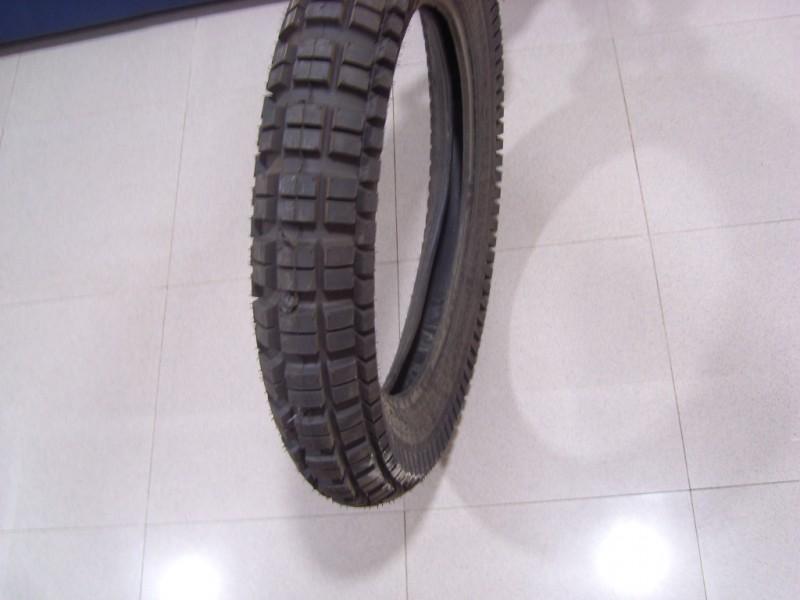 Мото гума Barum 120/90-18